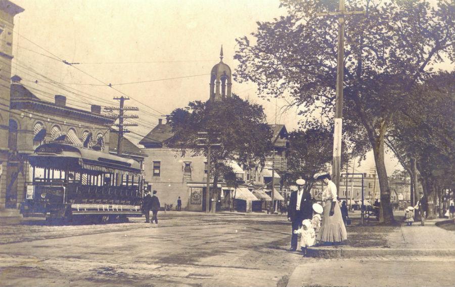Mass Ave Eastbound w open streetcar ca 1905 - sm